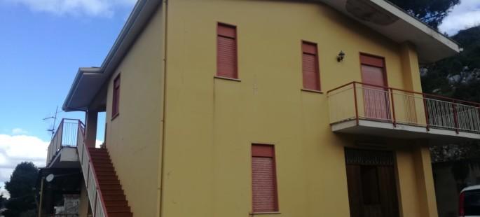 Rif 353 ( Villino in C.da  Cozzo )