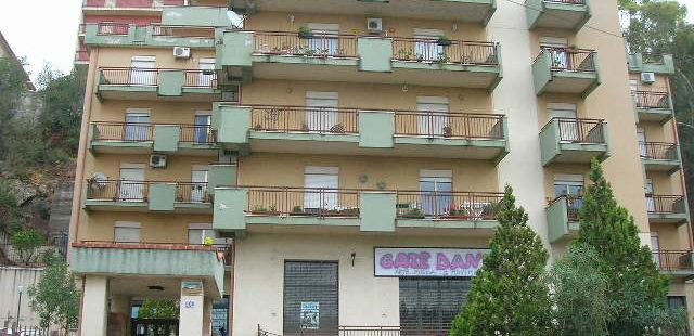 Rif 030 ( Appartamento in Via Circonvallazione)
