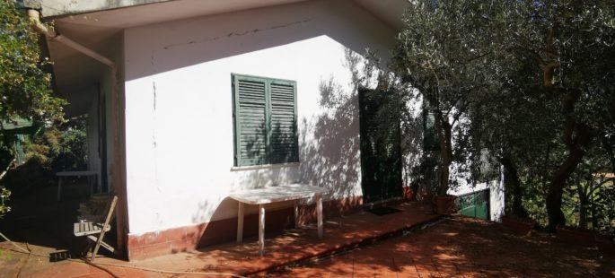 Rif 061 ( Villino in Via Circonvallazione )